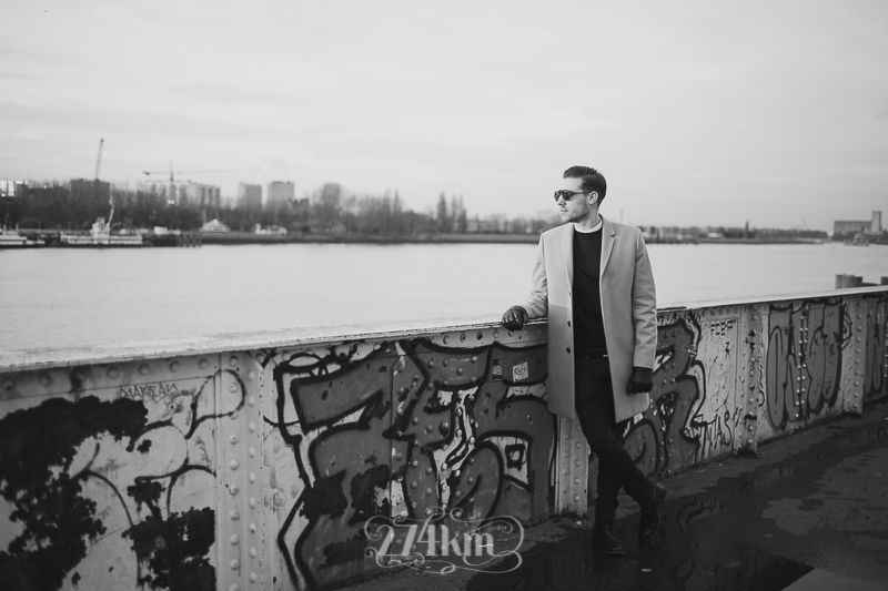 Sesión de fotos de retrato urbana en amberes (13)