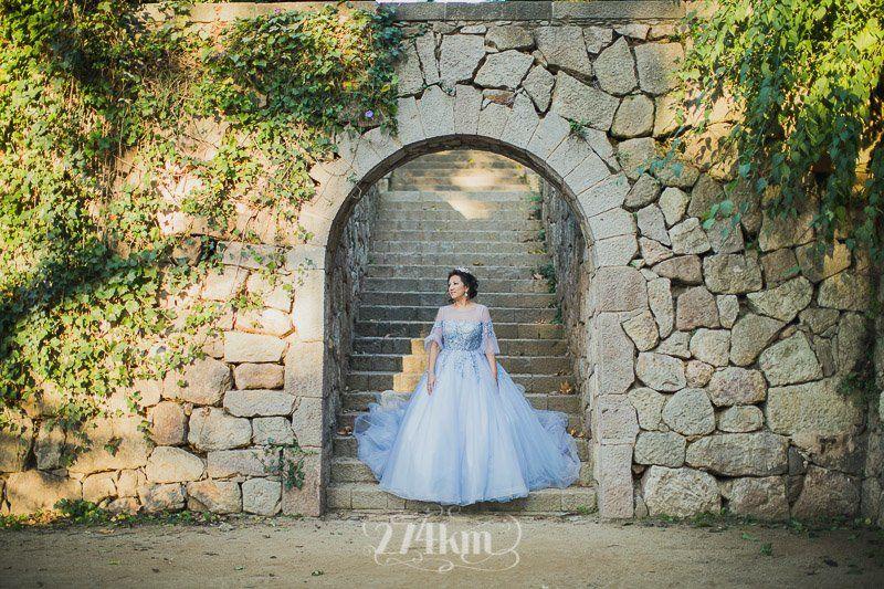 Sesión de fotos de princesa en exterior en barcelona (11)