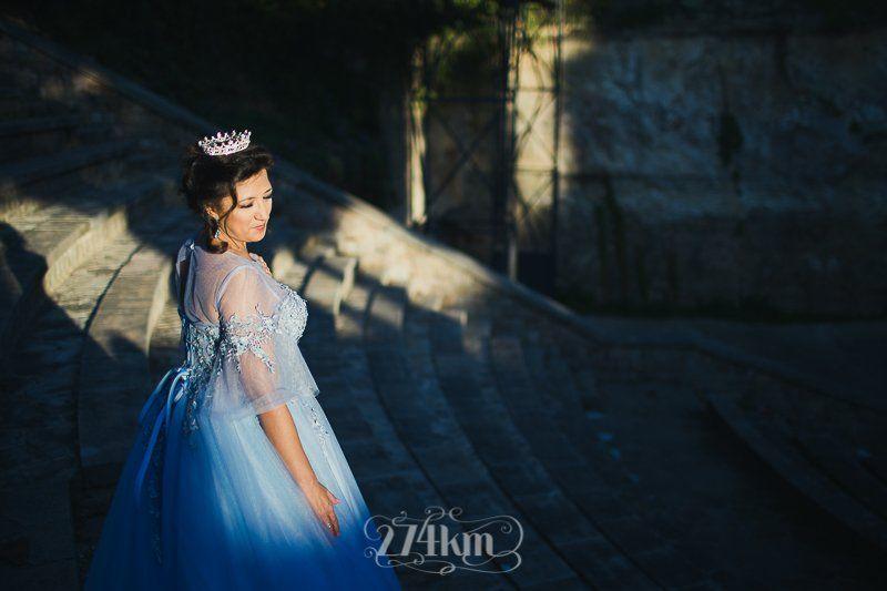 Sesión de fotos de princesa en exterior en barcelona (7)