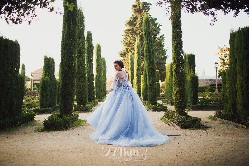 Sesión de fotos de princesa en exterior en barcelona (6)
